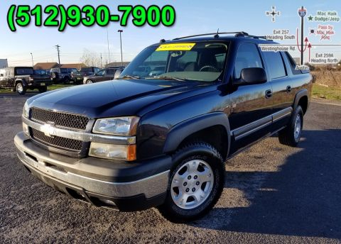 Pre-Owned 2004 Chevrolet Avalanche Z66